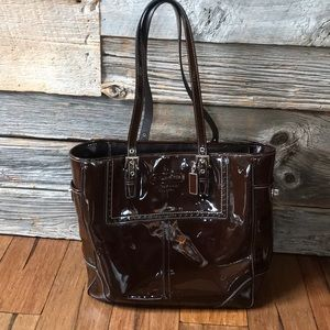 Women's Coach Gallery Tote 💯 Authentic